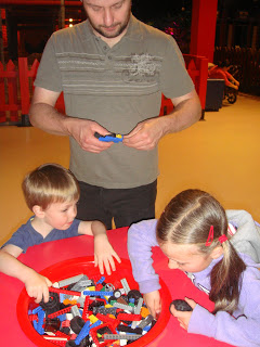 Making cars - LEGOLAND Discovery Centre