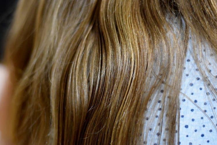 Clean, blue tack free hair