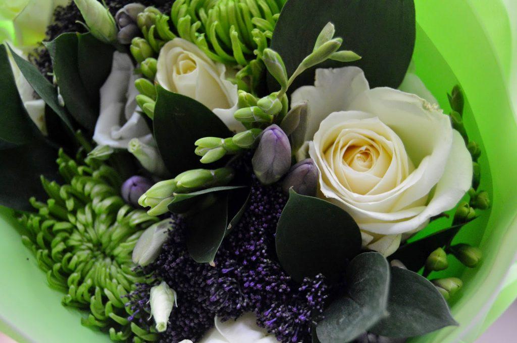 Debenhams flowers - mothers day flowers