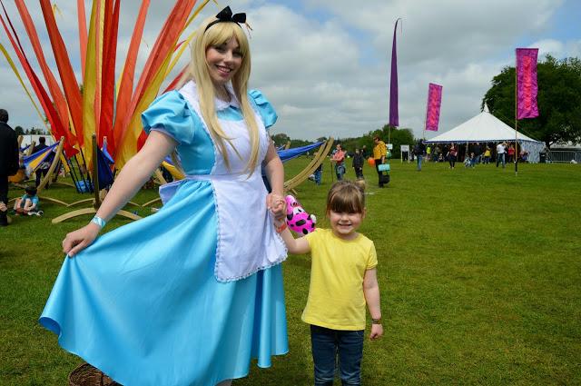 princesses at Geronimo Festival