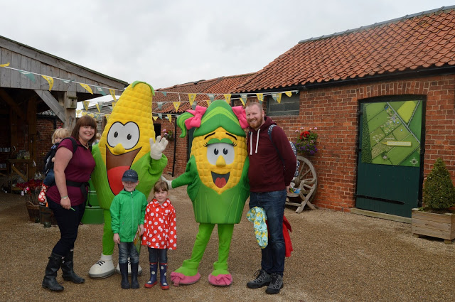 York Maze Kernel and Sweetie - family day out in Yorkshire