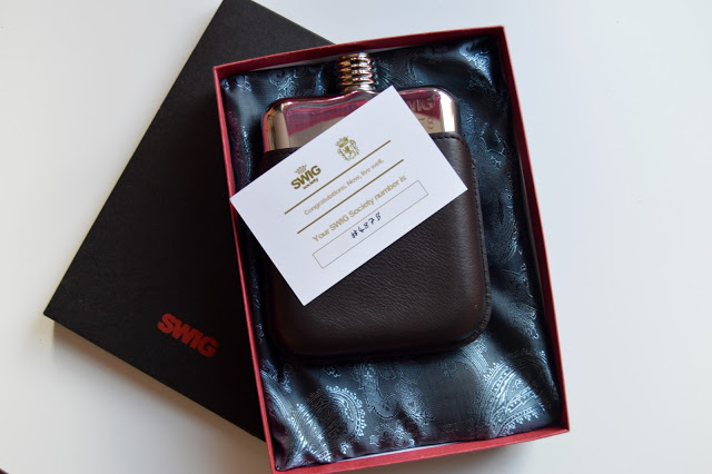Hip Flask with leather case