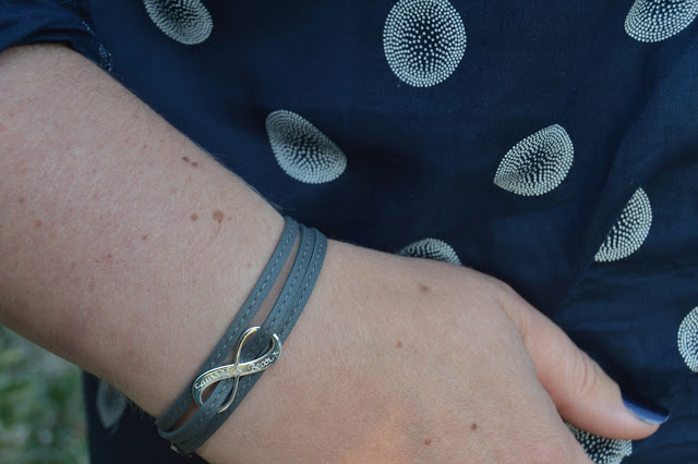 Merci Maman grey bracelet with engraving