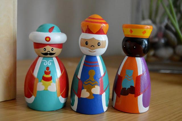 ASDA Nativity Set - three kings / wise men