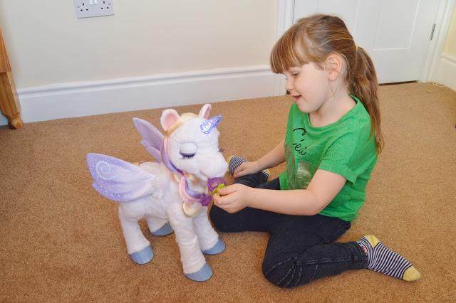 StarLily (My Magical Unicorn)