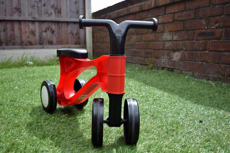 Toddlebike2 in-line wheels