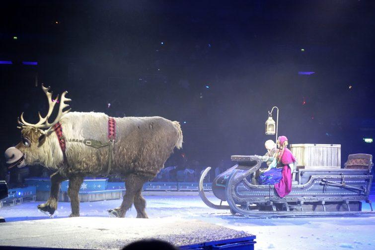 Disney On Ice - Sven & sleigh