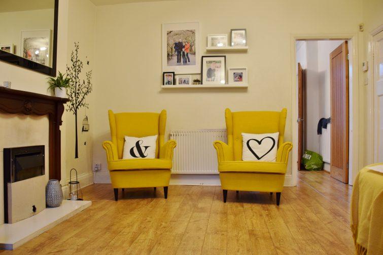 IKEA STRANDMON Skiftebo yellow