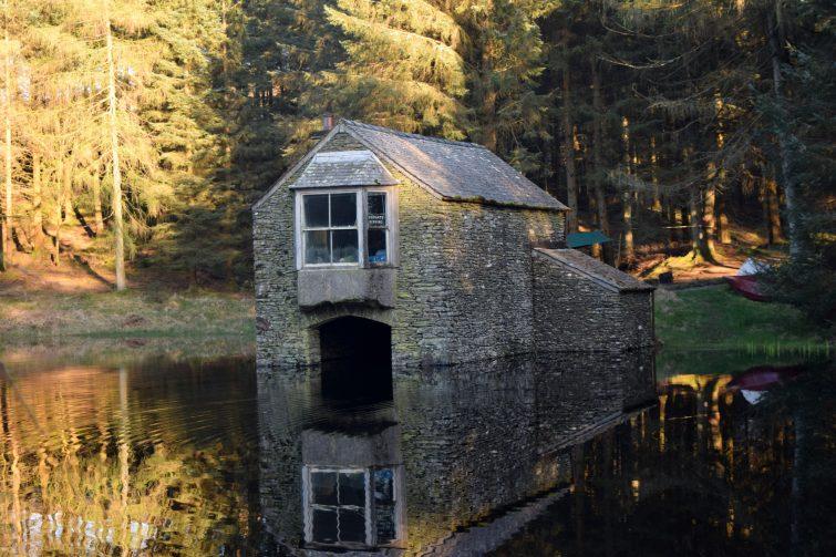 Woodsmoke boat house