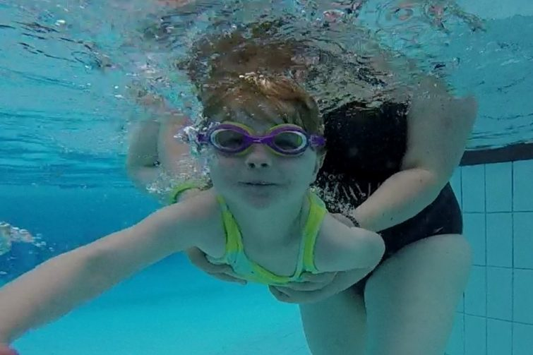 Swimming underwater (Puddle Ducks)