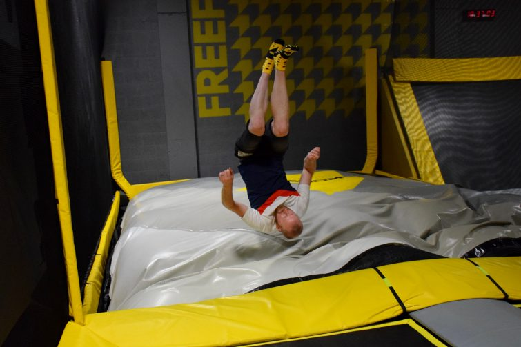 Air bag for front flips and tricks at FREEDOME