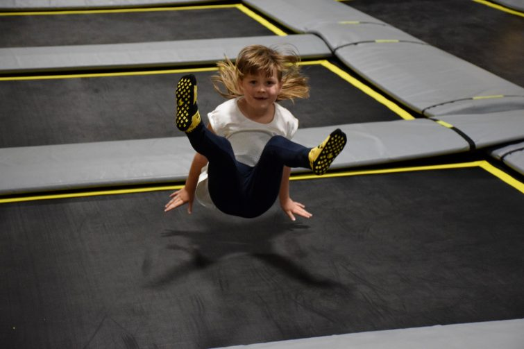 Seat drops at FREEDOME - trampoline park for kids