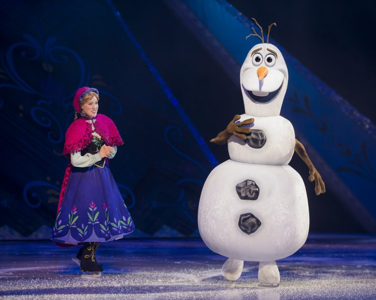 Anna & Olaf at Disney on Ice, Manchester Arena
