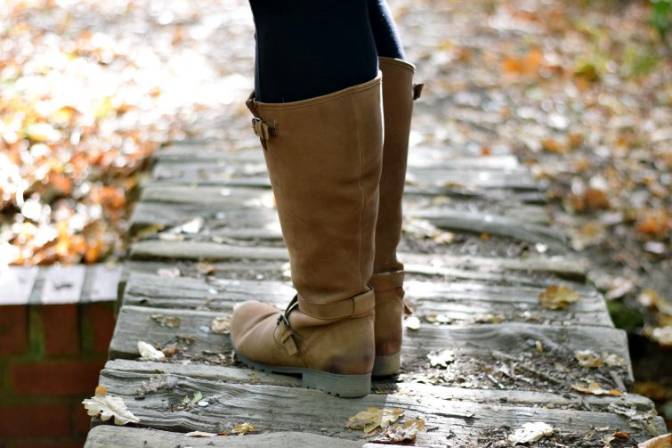 knee high Hotter boots for chunky calves