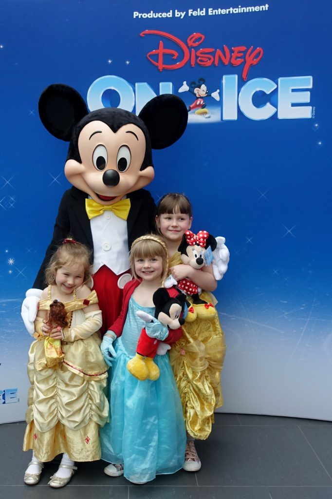 Meet Mickey Mouse at Disney on Ice