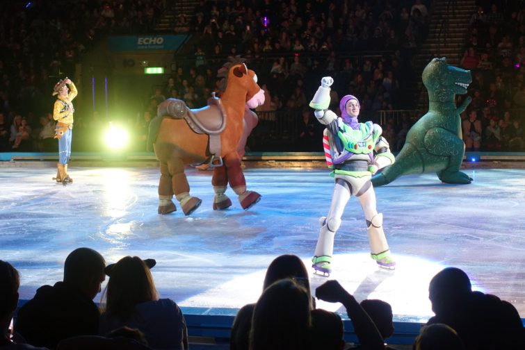Toy Story 3 Disney on Ice Worlds of Enchantment