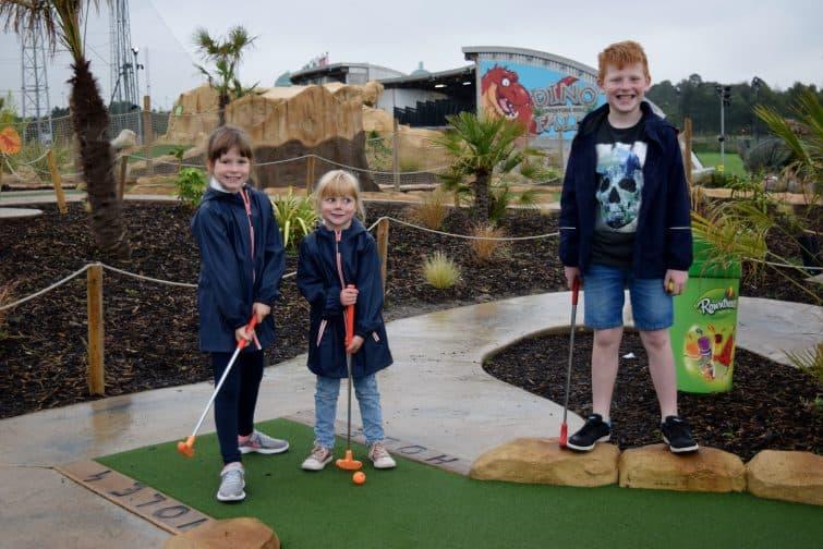 Trafford City - Dinofalls Adventure golf