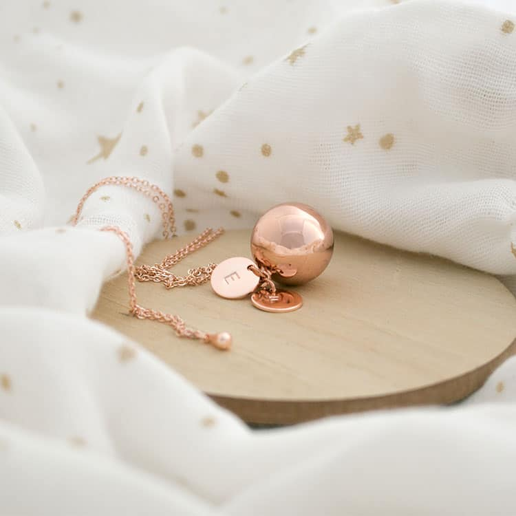 Le Petit Bola pregnancy necklace - perfect baby shower gift