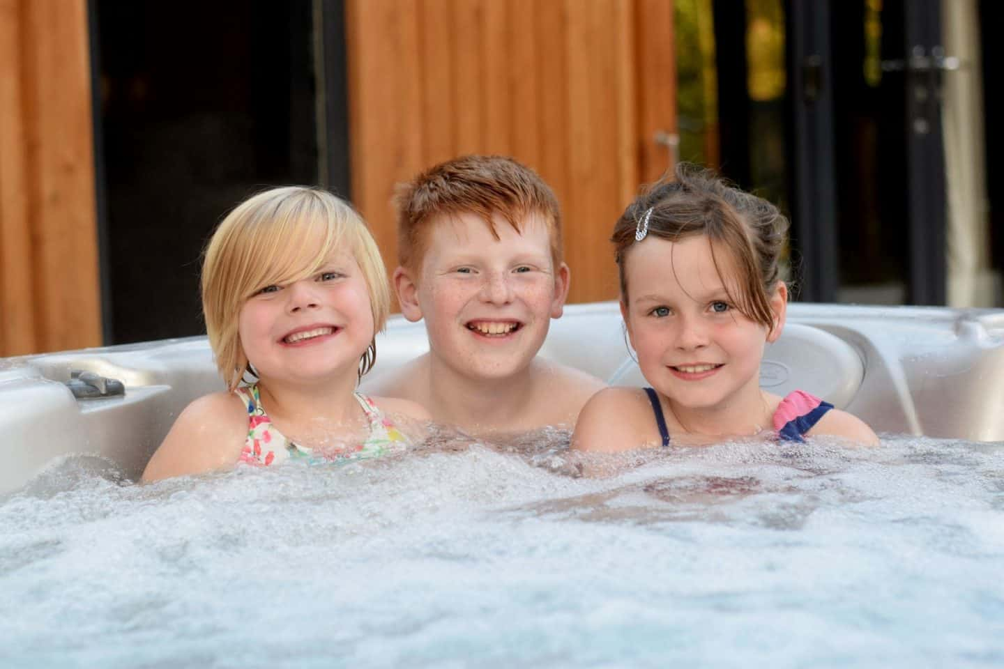 children in hot tub in Darwin Forest